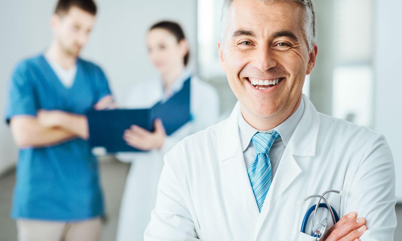Ne tür doktorlar kemik iliği aspiratuarları ve veya kemik iliği biyopsileri yapar