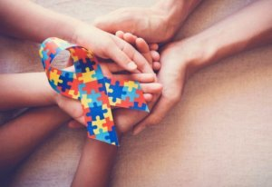 otizm belirtileri